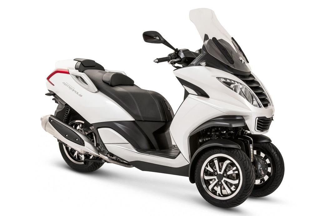 Peugeot motorscooter 3 wielen for Garage scooter peugeot